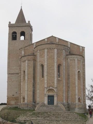 offida chiesa santa maria della rocca1.jpg